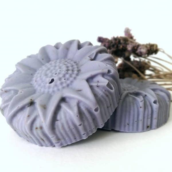 jabón natural y artesanal lavanda propiedades