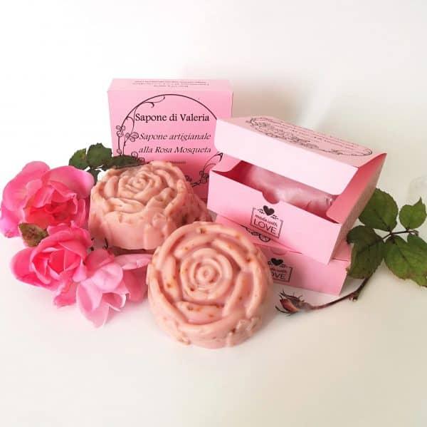 Jabón artesanal de Rosa Mosqueta y su estuche