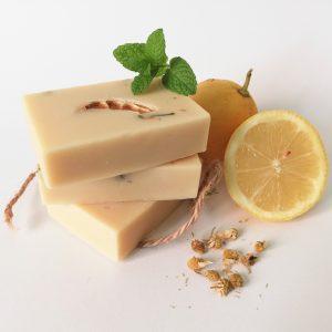 Jabones artesanales y naturales de Menta y Limón para pieles grasas