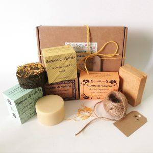 Pack regalo de baño con jabones artesanales, champú sólido y acondicionador