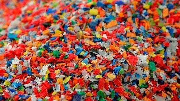 Los microplásticos en la dieta humana según diversos estudios.