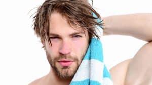pelo graso hombre tratamiento soluciones